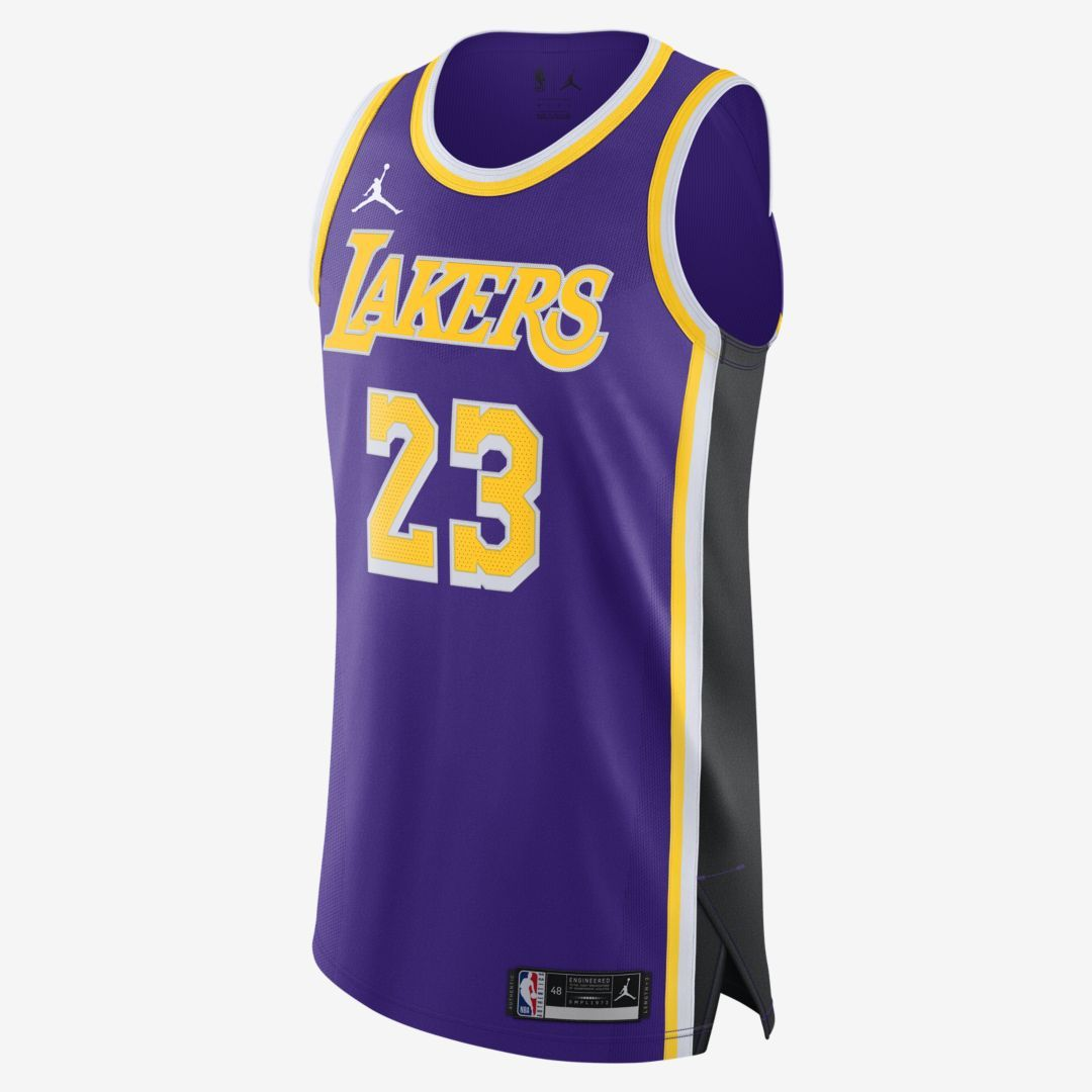 Pagar tributo oro Maduro  LeBron James Lakers Statement Edition 2020 Jordan NBA Authentic Jersey.  Nike.com   Lebron james lakers, Lebron james, Nba uniforms