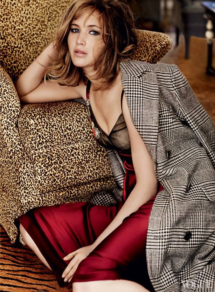 Jennifer Lawrence by Mario Testino for Vogue US September 2013