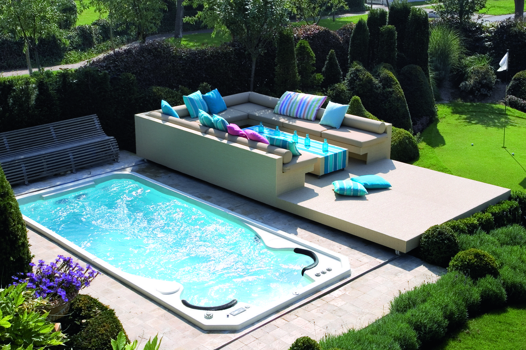 spa de nage acrylique clair azur aquaplay avec couverture terrasse amovile http www. Black Bedroom Furniture Sets. Home Design Ideas