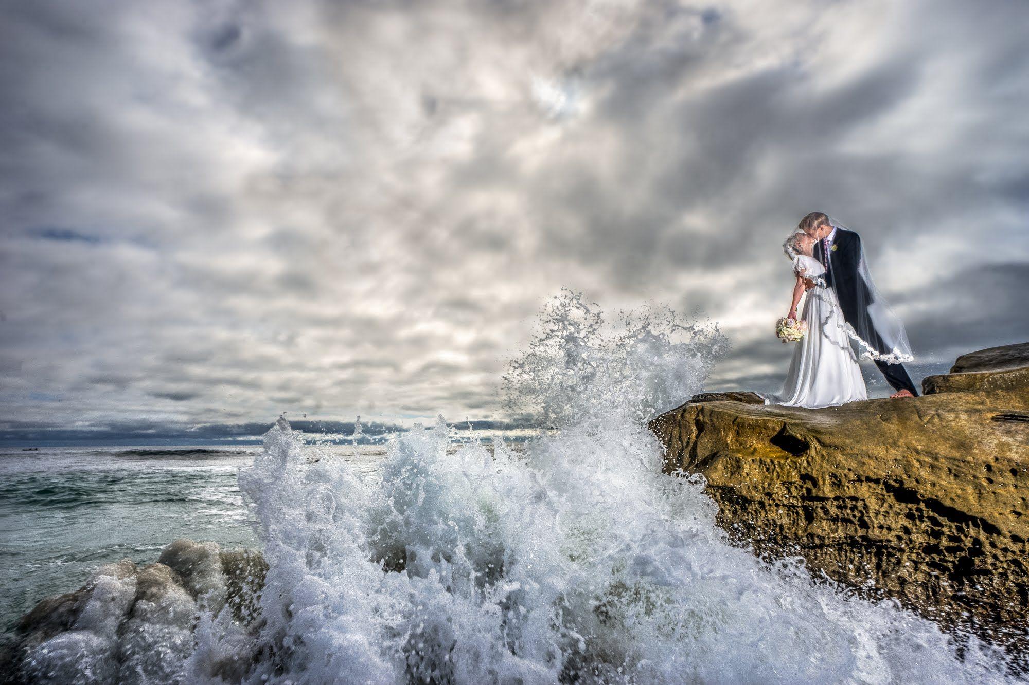CRAZIEST Real Wedding Day Beach Shoot Using Off Camera Flash W