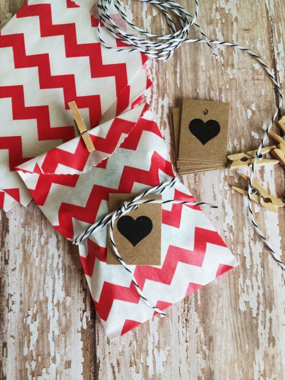 Valentines gift wrapping. Loving the chevron with the heart. Simple and cute.