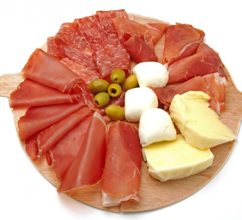 What Is Antipasto With Pictures Antipasto Italian Dinner Party Antipasto Platter