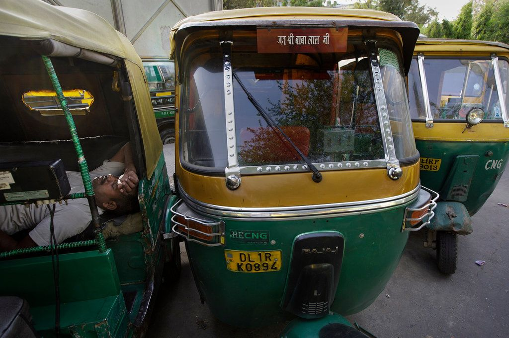 Uber Adds A Low Tech Twist To Its Modern Business Model In India Low Tech Modern Ads
