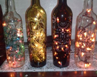 Hand Etched Glass Day Of The Dead Dia De Muertos Sugar Skull Wine Bottle Lamp Lamp Night Light Nur Flaschen Dekorieren Weinflaschen Lampen Flaschenlampe