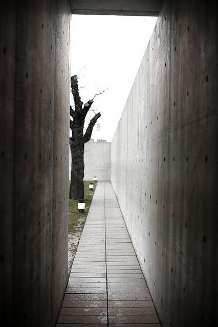 Konferenzpavillon vitra living architect ando architektur - Dekonstruktivismus architektur ...