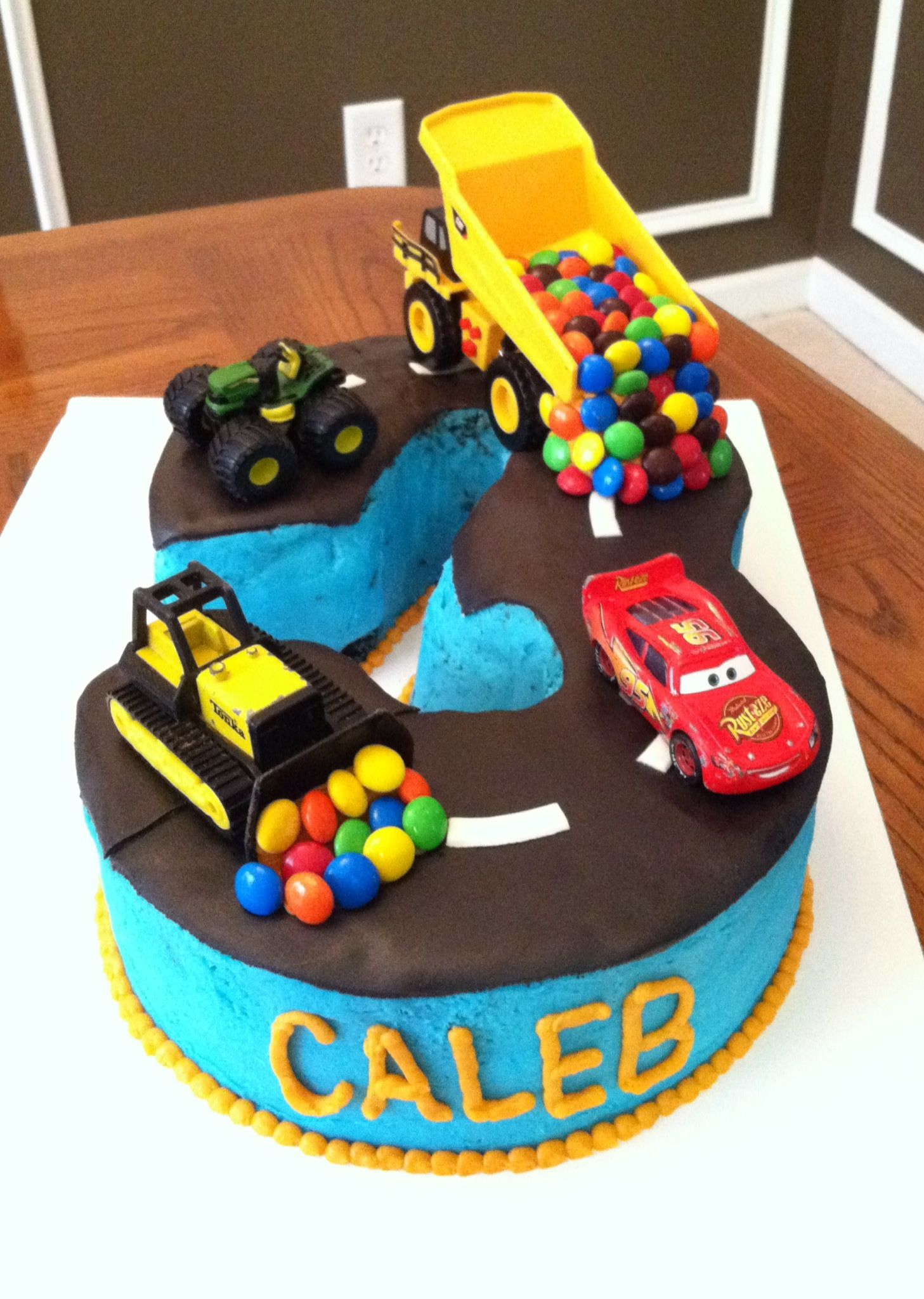 TruckTractorCarRoadNumber 3 cake Creations by Bethany me