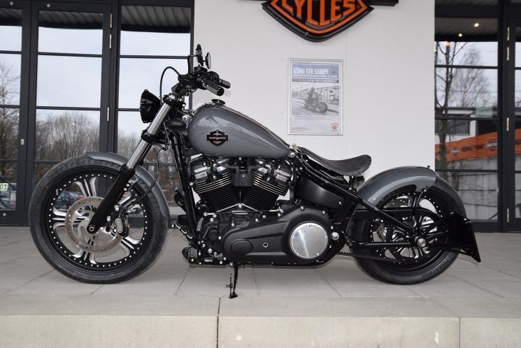 Harley Davidson Fxbb Street Bob 2018 Umbau Gunship Gray Custom Bikes Motor In 2020 Street Bob Harley Street Bob Harley Davidson