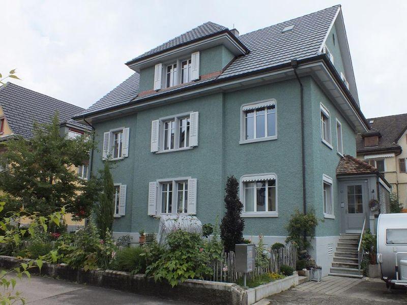 14++ Haus mit gruenen fensterlaeden Trends