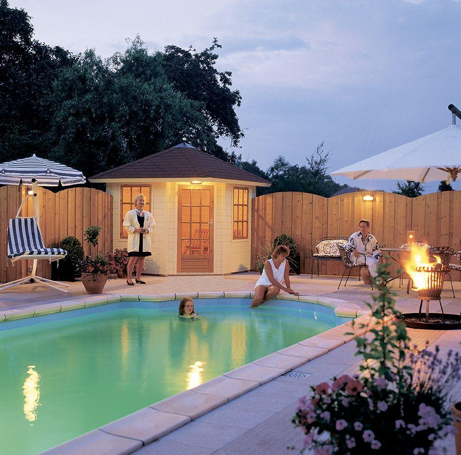 Garten Mit Pool Und Gartenhaus