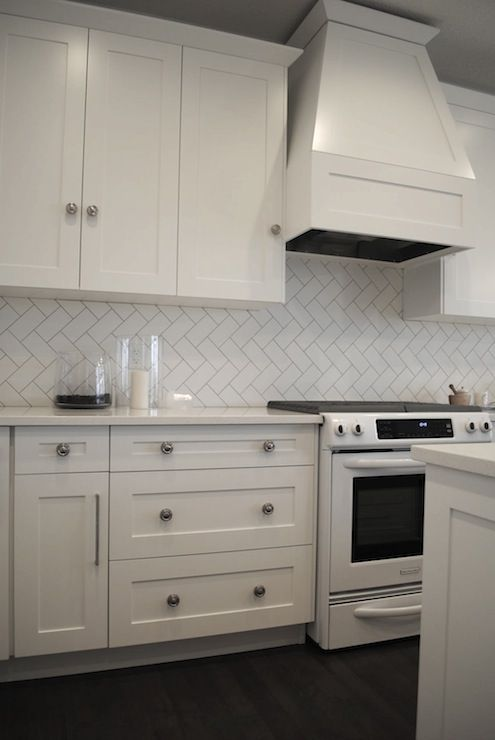 white kitchen, herringbone subway tiles backsplash -decorpad.com ...