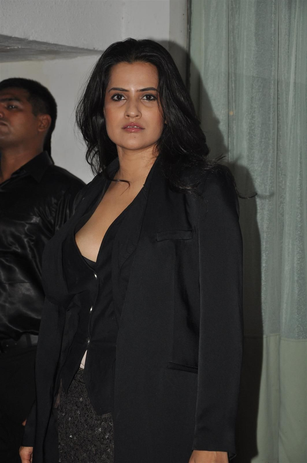Sona Mohapatra Beauty Bollywood Singer  Beauty, Singer -5573