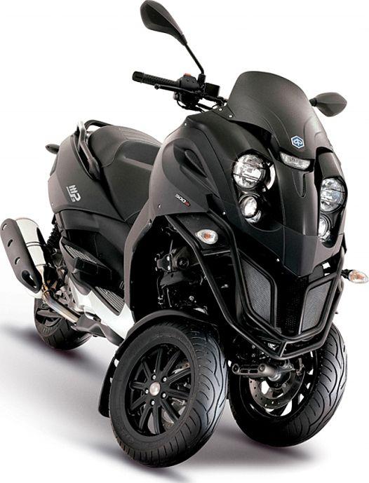 Piaggio Mp3 500 Three Wheeled Madness Motorcyclecenter Piaggio Piaggio Scooter Scooter