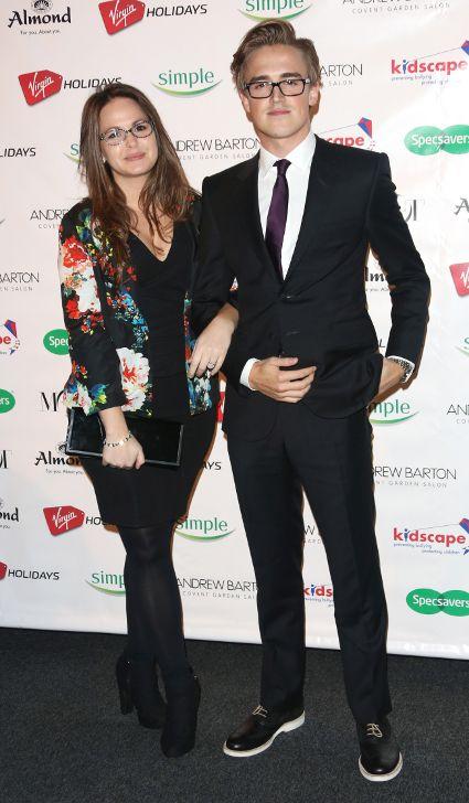 Mcfly S Tom Fletcher Gets Wife Giovanna Falcone Name Tattooed On Wedding Finger Pics