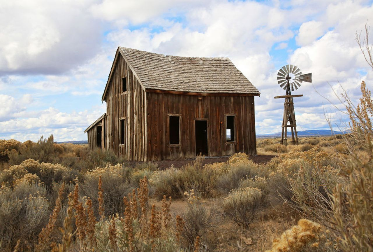 7 hidden gifts of Christmas Valley, a seemingly empty desert in
