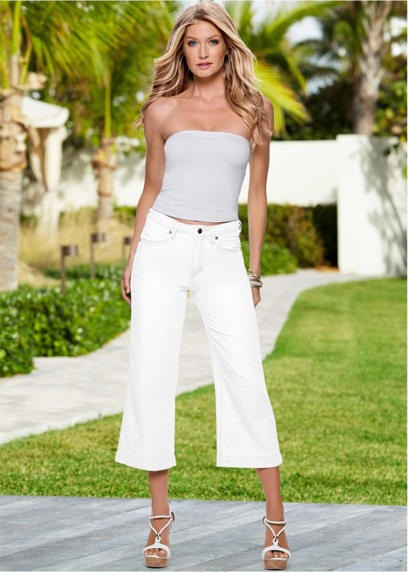 d84d0e490 Veja agora:Calça pantalona curta ou culotte. Mais conhecida como pantacourt,  ela tem