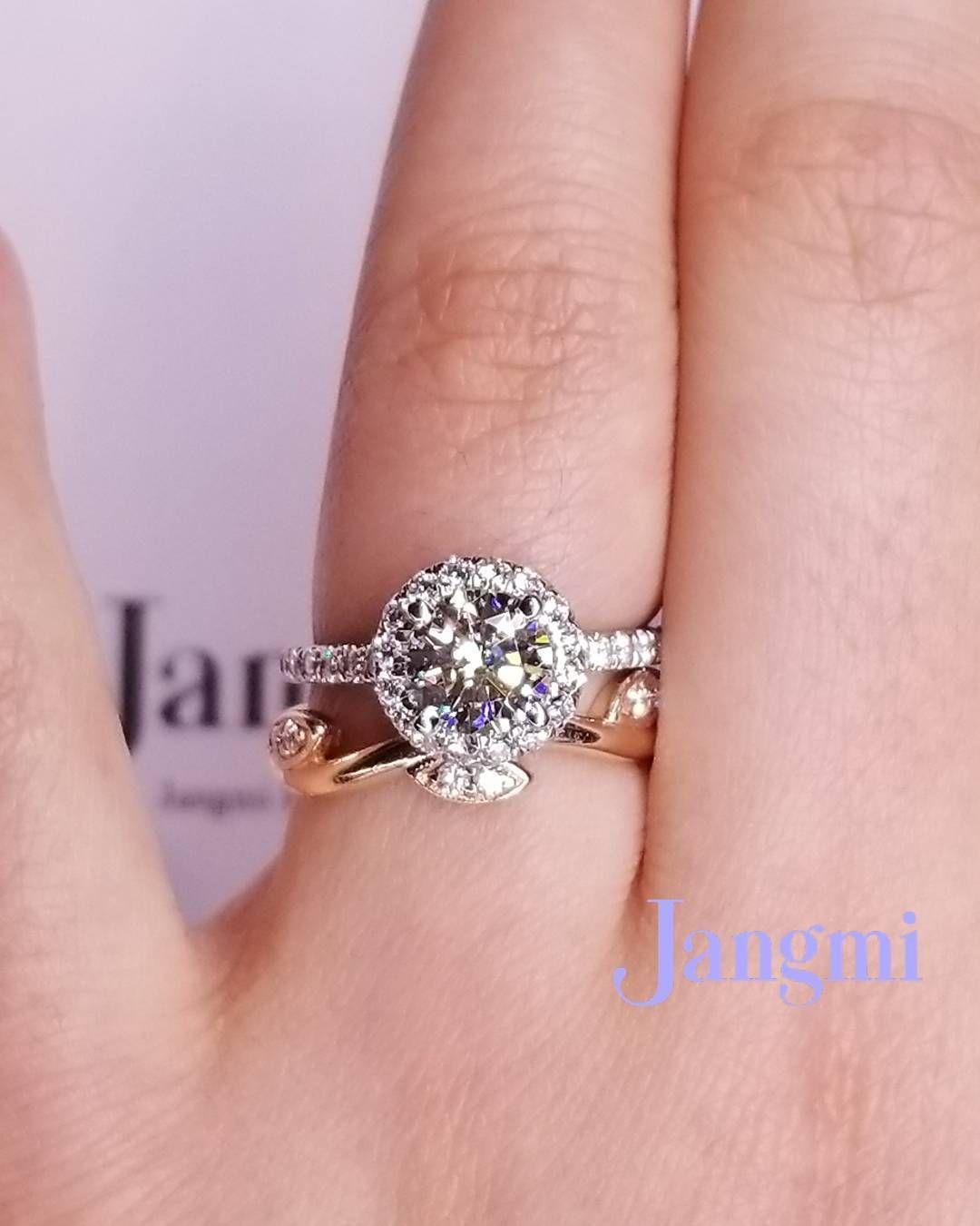 Love Round Halo #EngagementRing And Rose Gold leaf vine wedding band ...