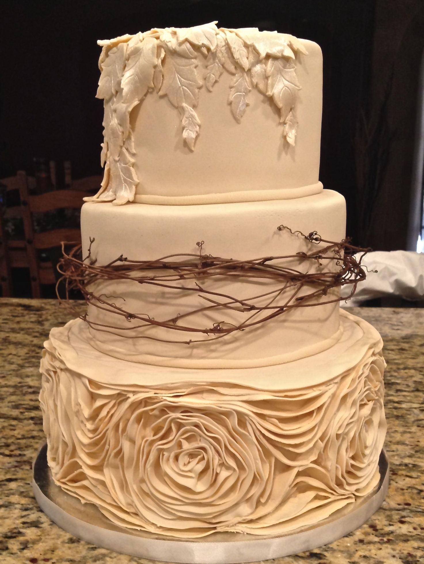 Simple Country Wedding Cake Ideas 1473 X 1961 Rustic Wedding Cake ...
