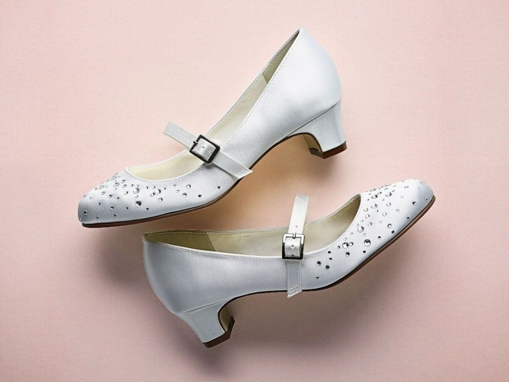 Rainbow Club   Cherry   White Communion Shoes With Heels And AB Crystals   Size  12