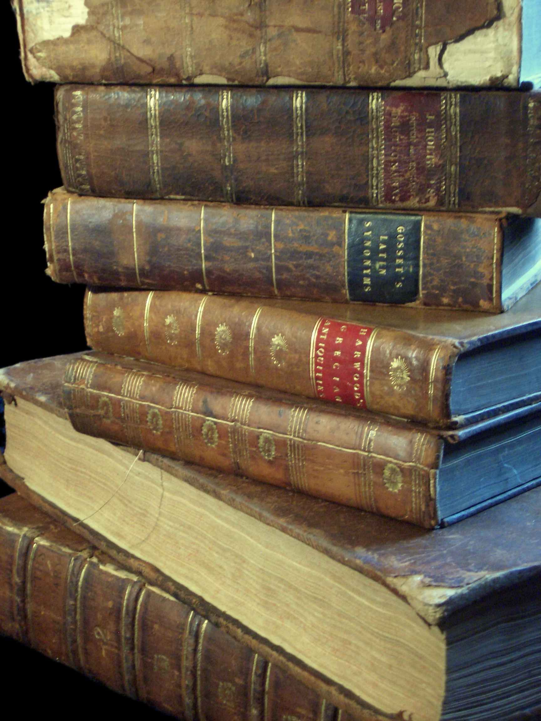 Beautiful Old Looking Books for Decoration