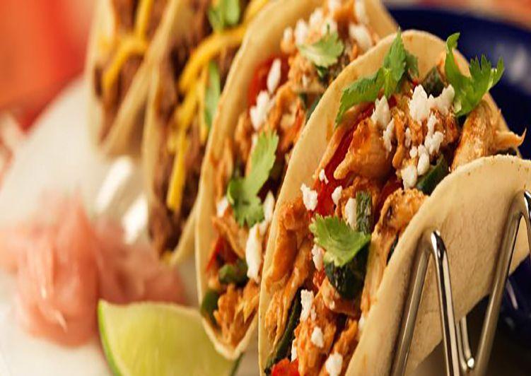 Mini Tacos De Atún Sésamo Y Wasabi Receta Lista En 6 Pasos Receta Tacos De Atún Comida étnica Receta De Tacos