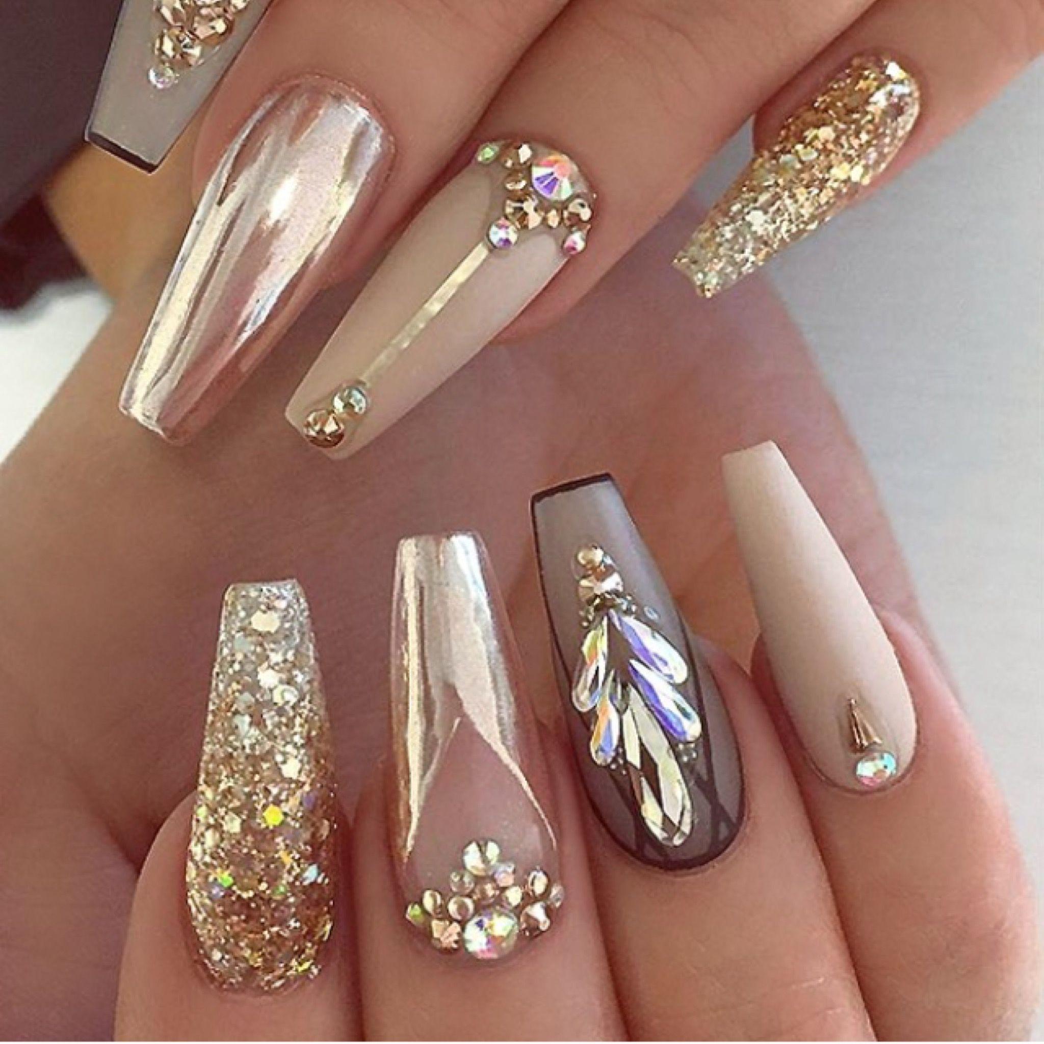 Pin By Rhonda Carlisle On Nail Ideas In 2020 Gold Acrylic Nails Remove Acrylic Nails Gold Chrome Nails