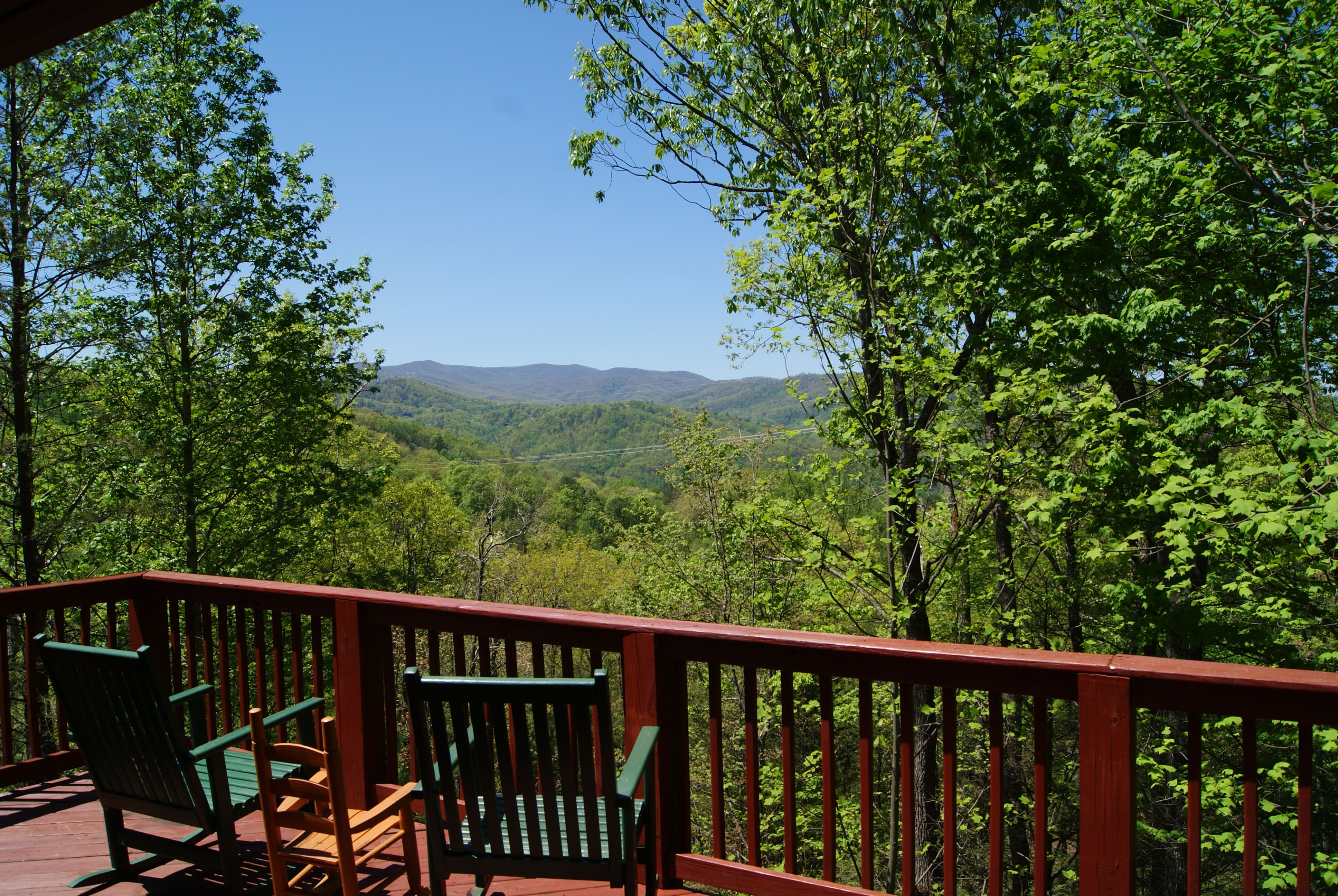 cabin cabins situated is all best of expansive smoky a complete smokies and mountain forge kitchens gatlinburg with could dream between amenities pigeon you from the an rentals edge gorgeous