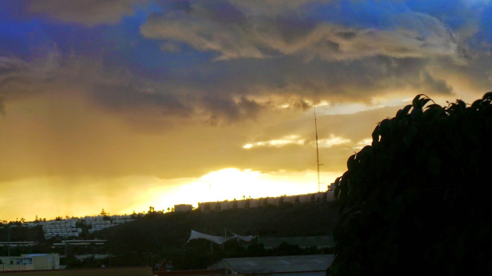 CANARIAS  FOTOS   Canary Islands Photos: Atardecer sobre el Parque Sur de Maspalomas en Gra...