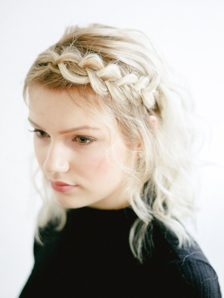 A Cool Girl Hairstyle that will take you from Beach Day to BBQ ...