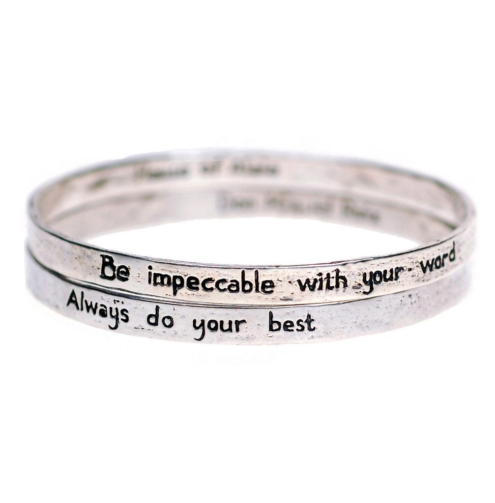 House of Alaia Four Agreements Reminder Bangle Set In Silver Small edrSZf7