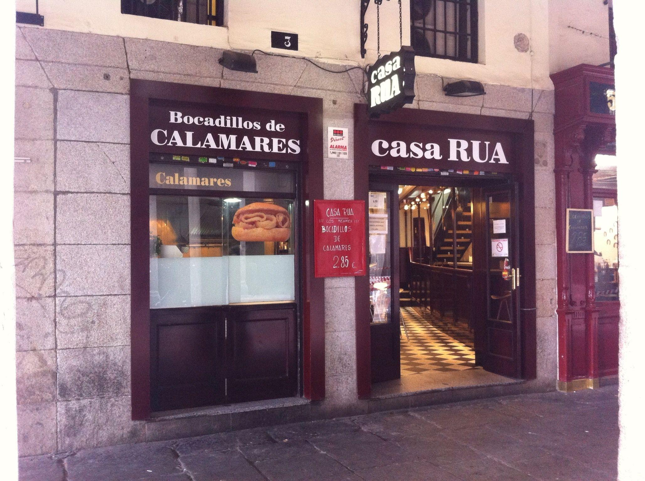 Casa Rua. Situado en la C/Ciudad Rodrigo 3 junto Plaza Mayor. Especialidad Bocadillos de Calamares