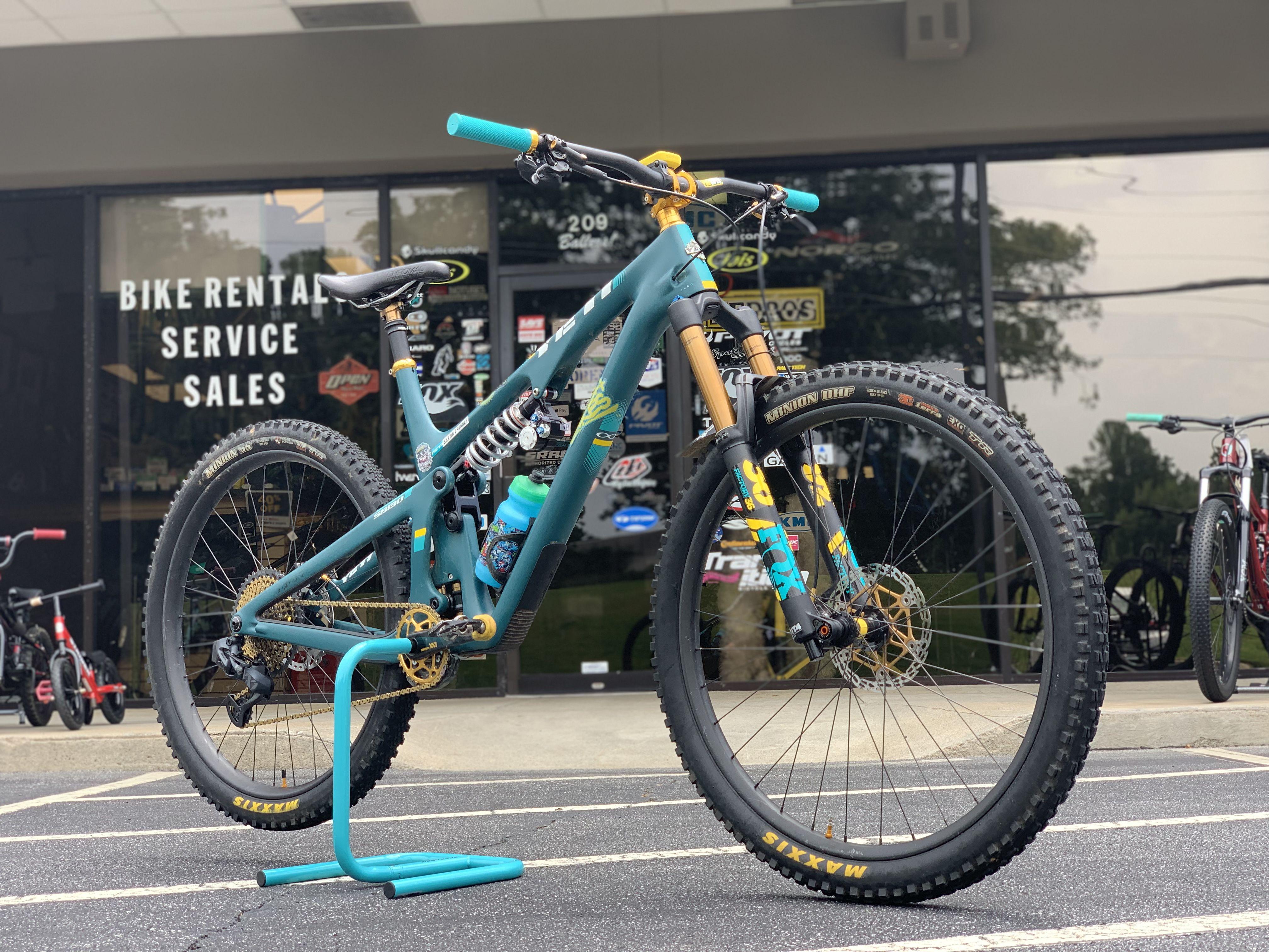 Pin By Yeray Mateos On Mtn Bike In 2020 Fox Racing Shox Bike Mtb Bike