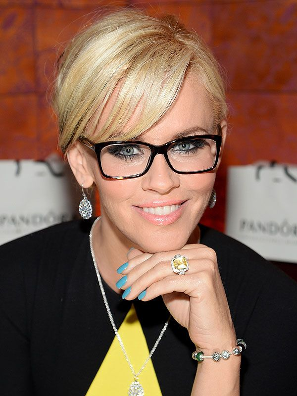 Jenny Mccarthy S Wedding Plans The Dress Details And All About That Ring