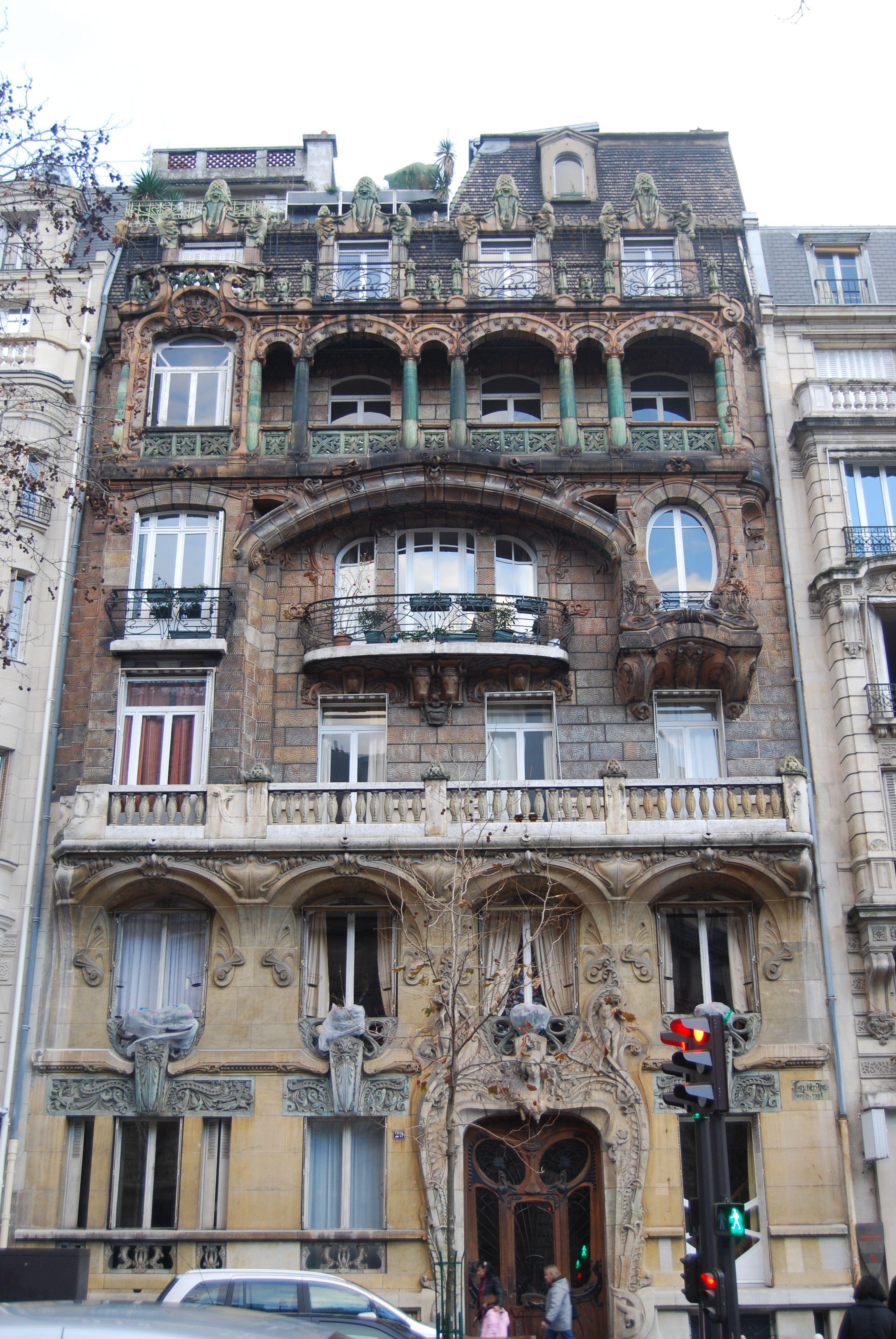 Fa ade art nouveau de jules lavirotte au 29 de l 39 avenue for Avenue jules dujardin 5
