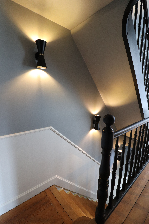 Peinture Escalier Noir Mat cage d'escalier garde de corps et limon en noir marche