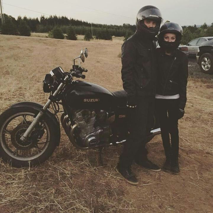 Moto couple. #caferacer #motoculture