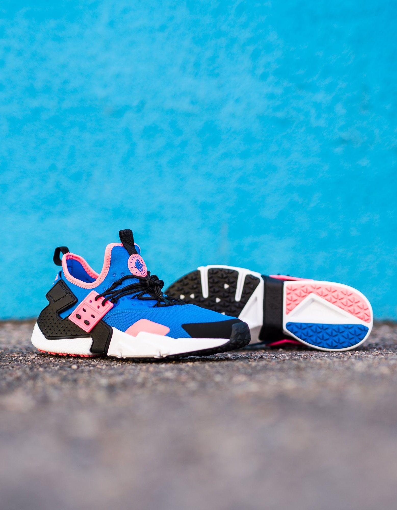 Nike Air Huarache Drift | Nike air huarache, Nike shoes