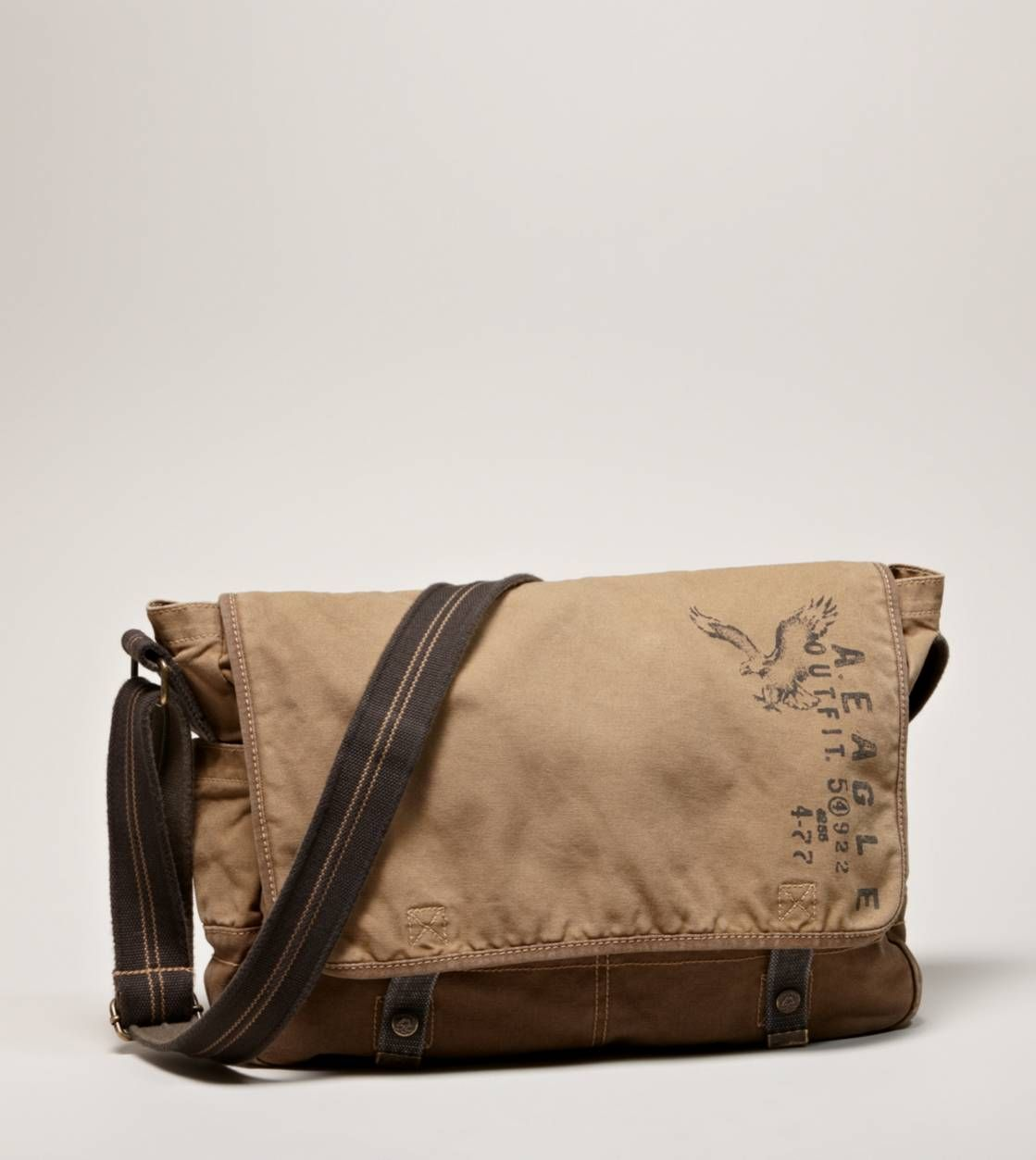 95e4303b2edd AEO Canvas Messenger Bag | Clothes Accesories in 2019 | Canvas ...