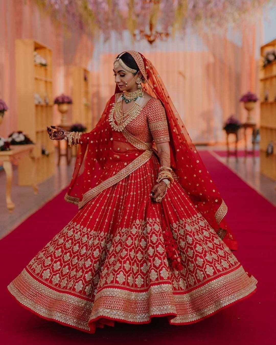 Red flared bridal lehenga in 2020 | Bridal lehenga red, Indian bridal  outfits, Latest bridal dresses