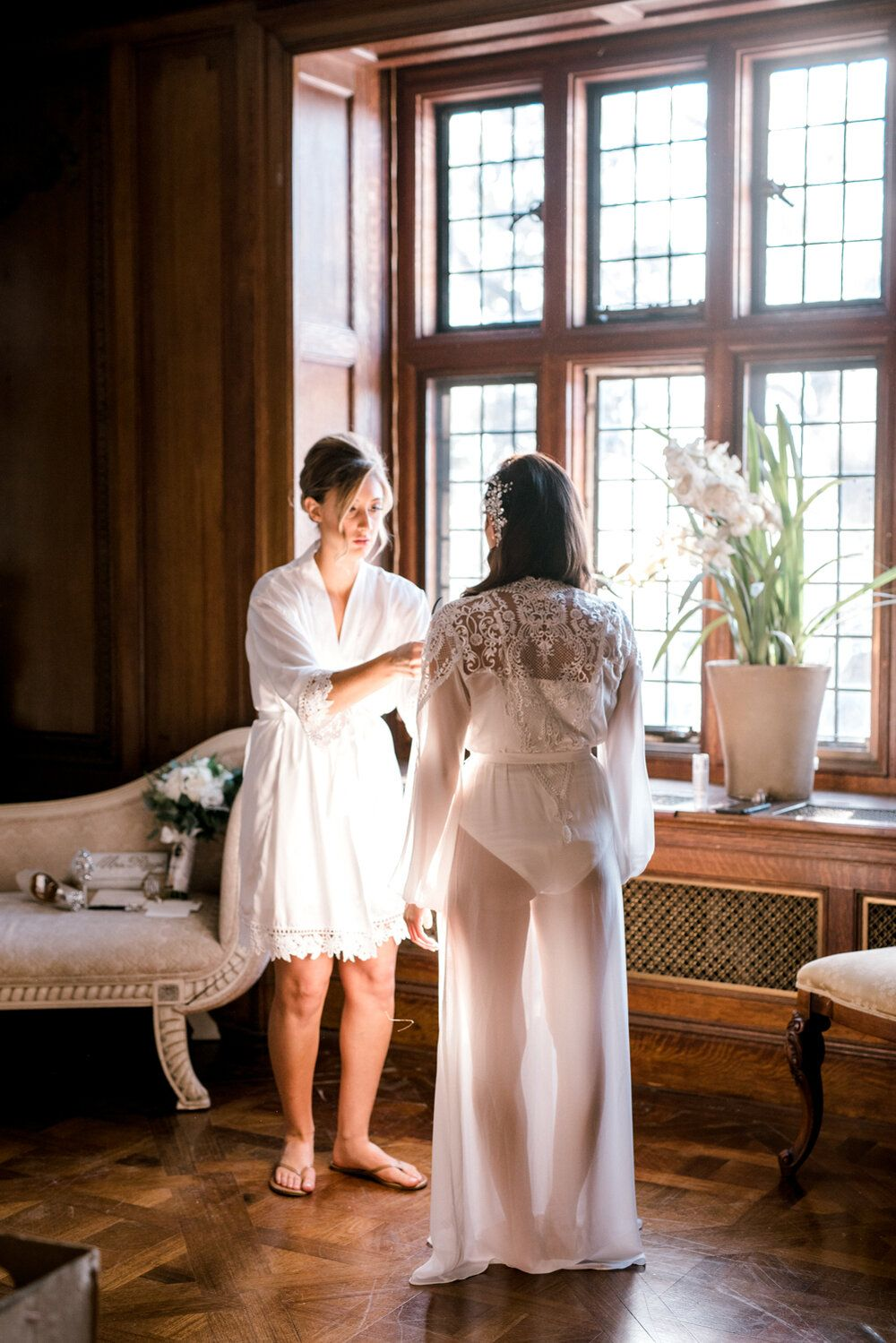 Skylands Manor Christmas 2020 Skylands Manor Wedding | Getting Ready | Long Lace Bridal Robe in