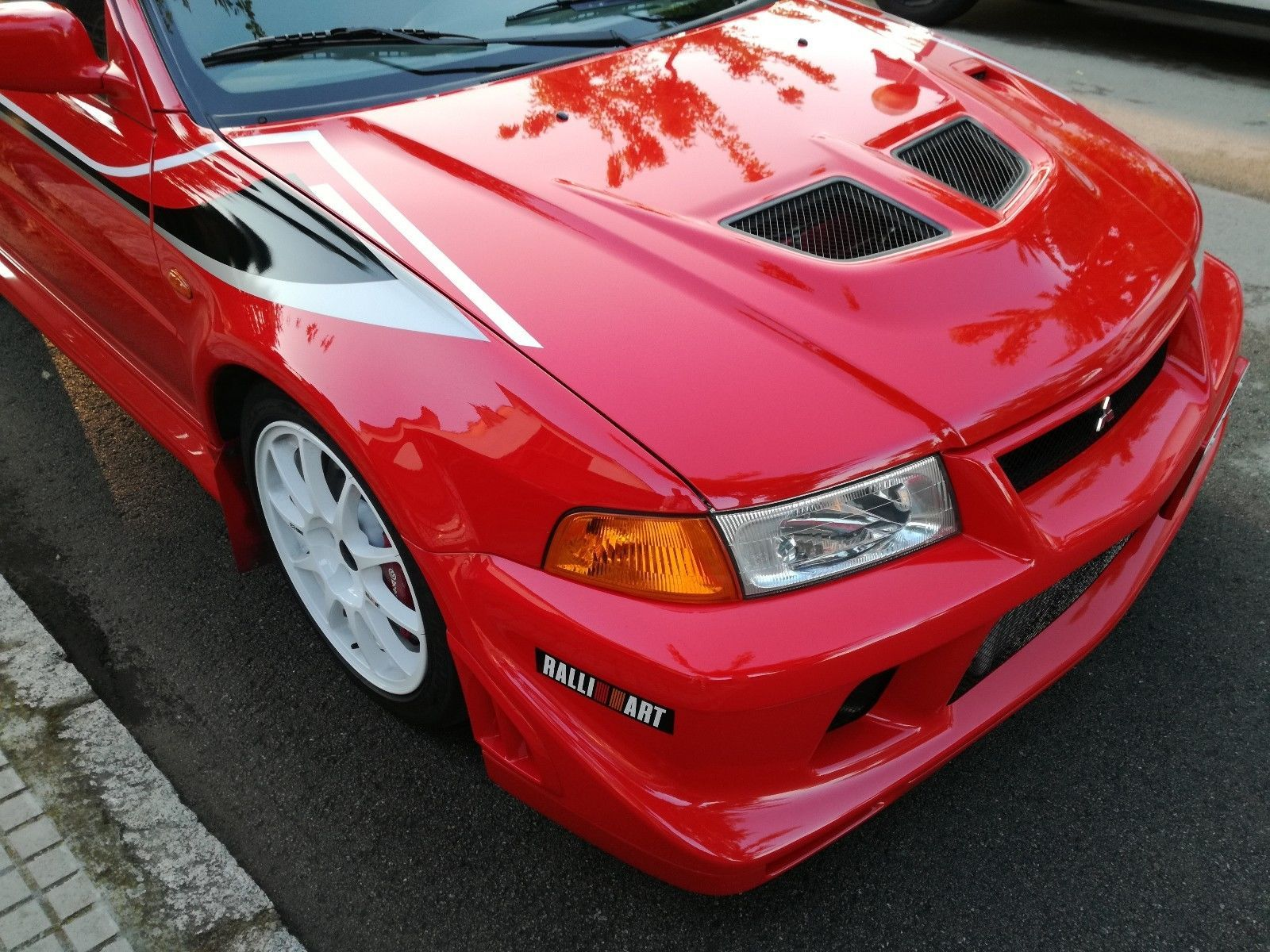 Mitsubishi Lancer Evolution 6.5 Tommi Makinen Edition 75