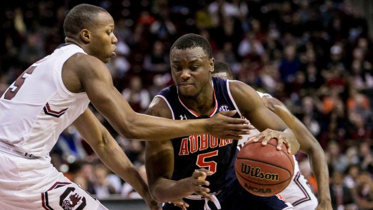 """""""Tell It Like It Is"""" Talk Show: Auburn Loses at No. 23 South Carolina 98-69"""