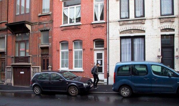 Machete-Wielding Man Attacks, Injures Two Female Officers in Belgium - http://www.theblaze.com/stories/2016/08/06/machete-wielding-man-attacks-injures-two-female-officers-in-belgium/?utm_source=TheBlaze.com&utm_medium=rss&utm_campaign=story&utm_content=machete-wielding-man-attacks-injures-two-female-officers-in-belgium