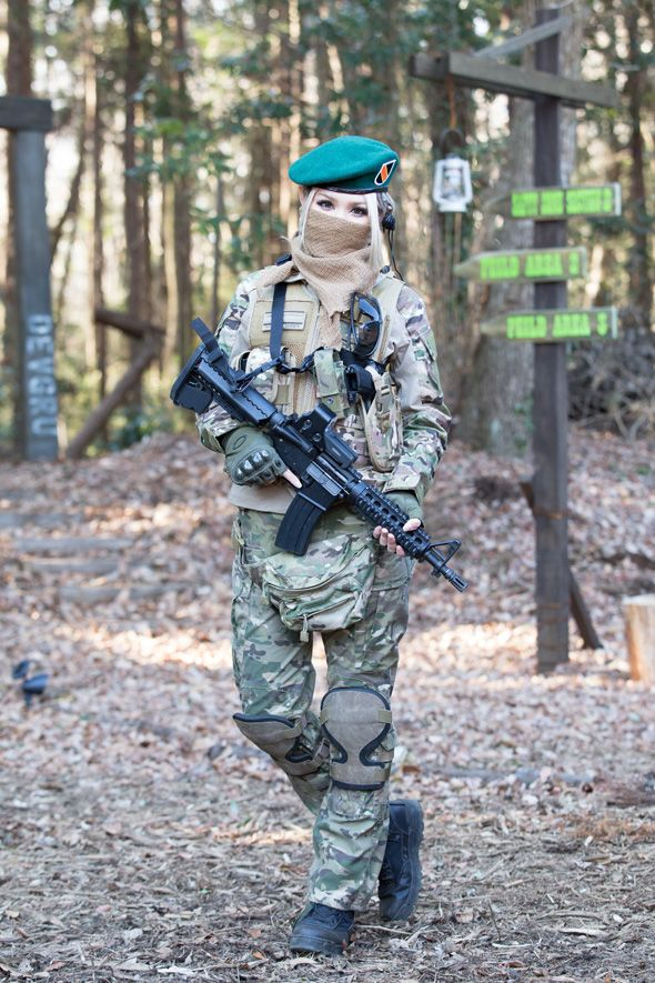 hot girls playing airsoft