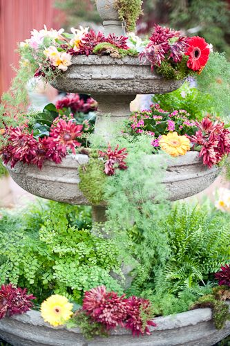 water fountain filled with flowers, love this idea~ Decor~outside