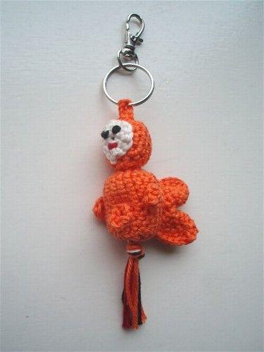 Gehaakt gelukspoppetje #Goudvis #haakpatroon #patroon #haken #gehaakt #goldfish #crochet #pattern #amigurumi #DIY