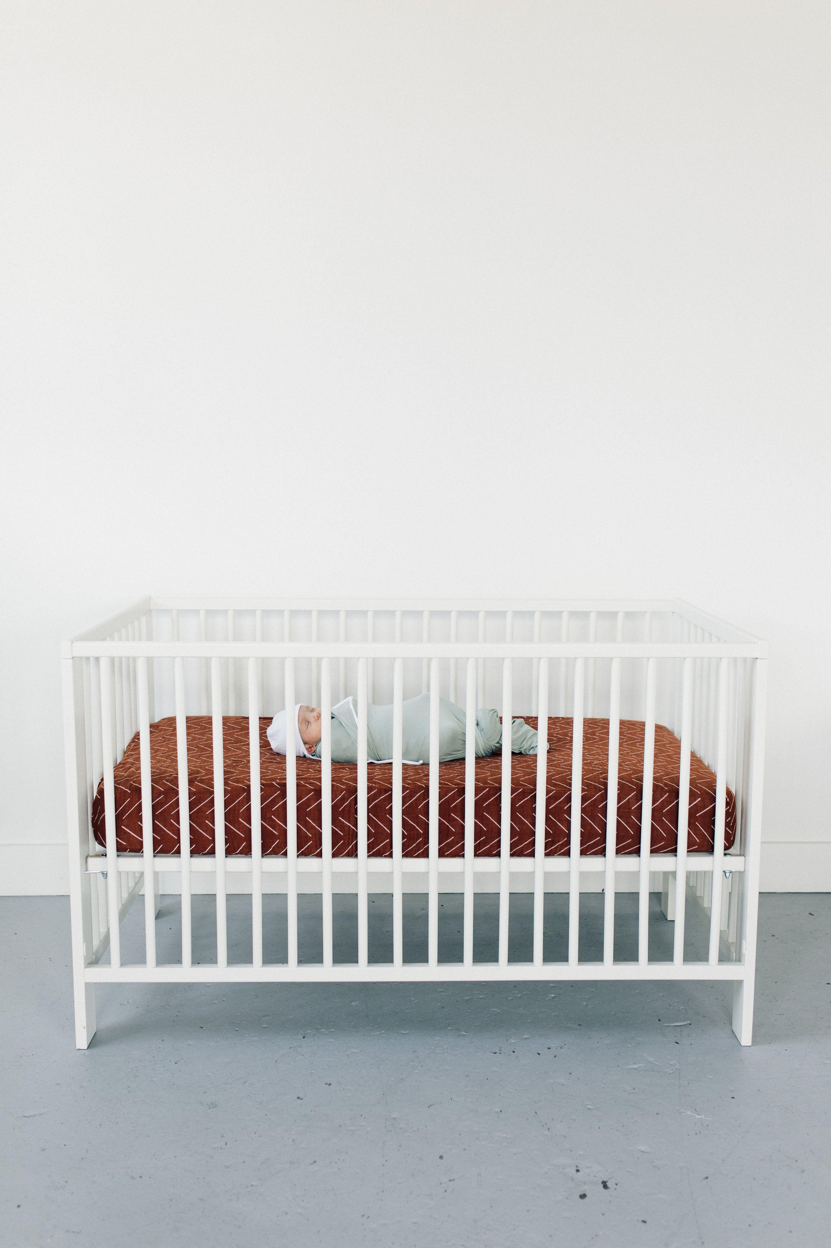 Mebie Baby Vintage Floral Muslin Crib Sheet