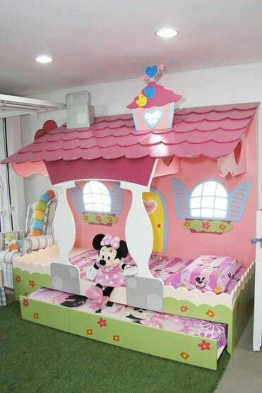 Minnie mouse trundle bed addie pinterest chambre for Cabane minnie
