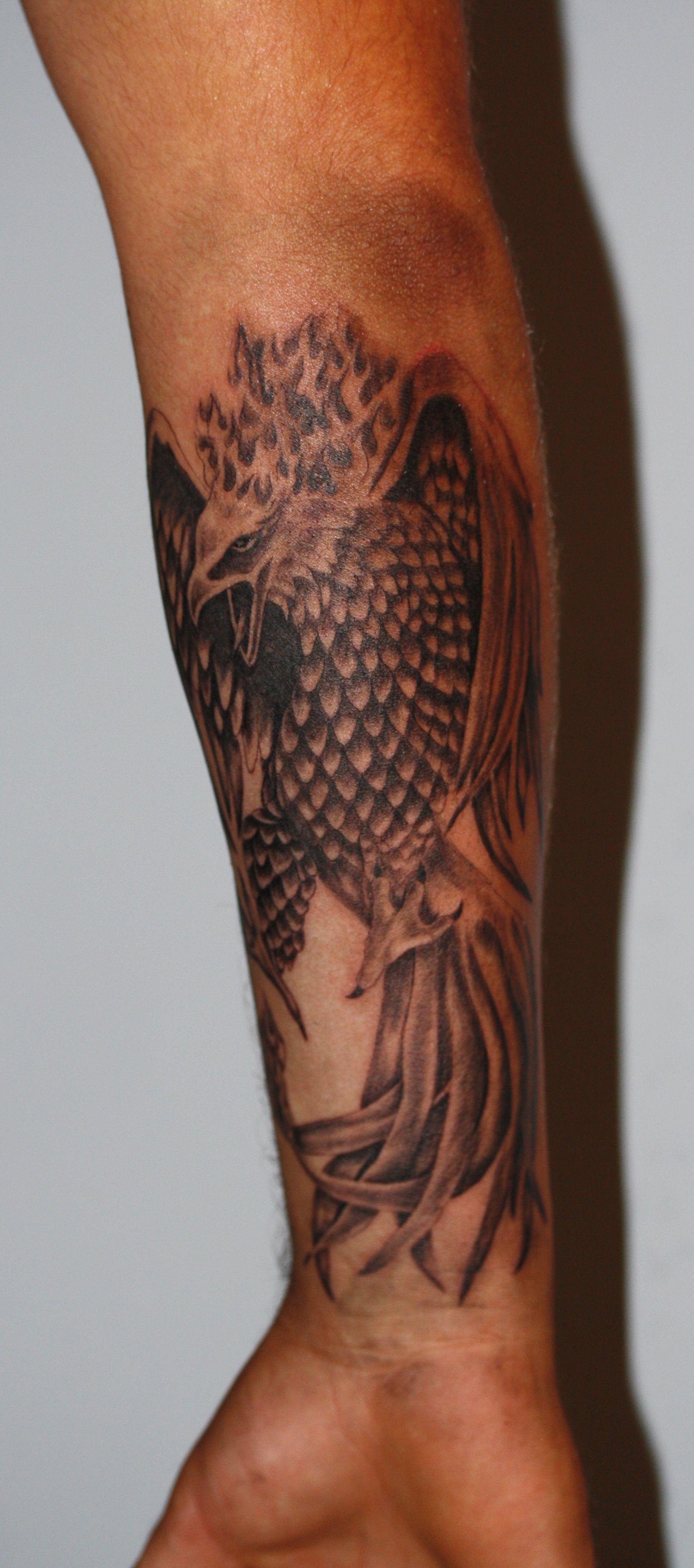 Tatuaż Fenix Wykonany Na Przedramieniu Wwwtime4tattoopl