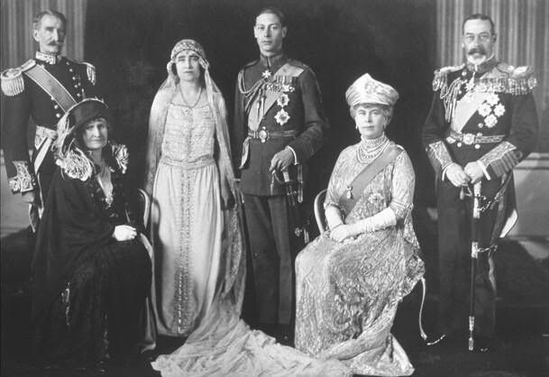 The Wedding Day Of Princess Elizabeth Bowes Lyons Queen Mother Of The Current Queen Of England Queen Elizabe Royal Weddings Royal Wedding Dress Royal Brides