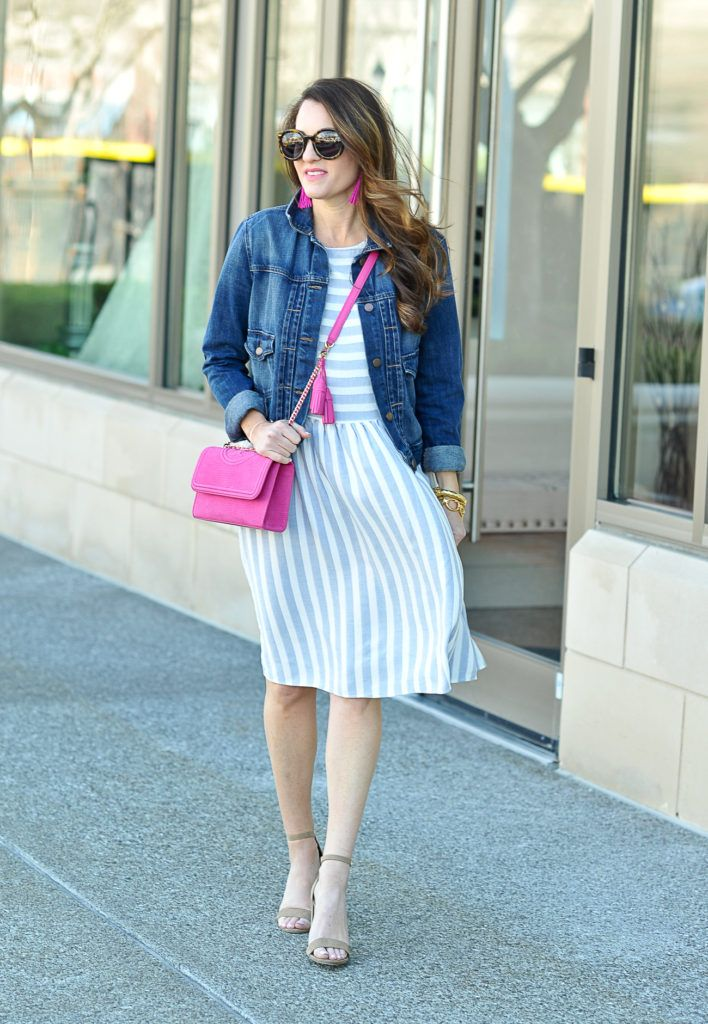 The perfect sundress for spring via Peaches In A Pod blog. Paired with a denim jacket and this Tory Burch fleming pink handbag, and you have the perfect transitional spring outfit idea.